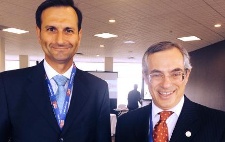 Dr. Miro Kovač i Tony Clement, dopredsjednik IDU-a i predsjednik Povjerenstva za proračun (Treasury Board) Vlade Kanade