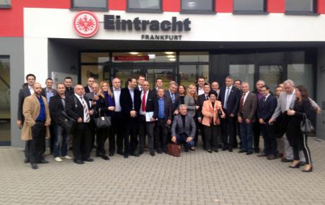 Sudionici frankfurtskog susreta s predsjednikom Karamarkom …