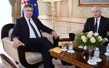 Plenković je iskazao punu potporu stvarnoj ravnopravnosti hrvatskog naroda